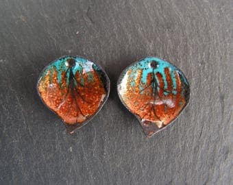 RESERVE marie * charms copper enameled (hot) leaves (curved pieces)