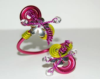 Pink and lime green aluminum Wire Bracelet