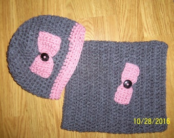 Set hat and Snood gray/pink