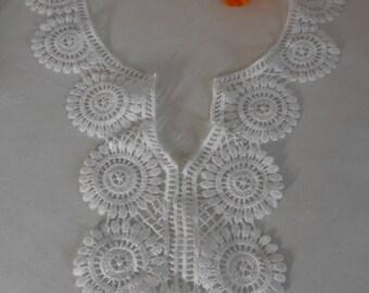White lace collar applique