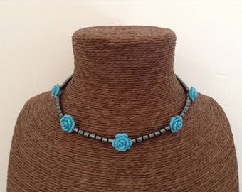 Hematite necklace five turquoise resin roses