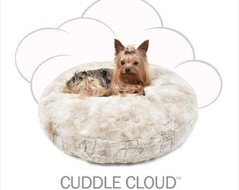 Peluche Plush Cuddle Cloud Round Bunny Cream Dog Bed
