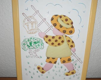Frame for child with embossed pattern fabric