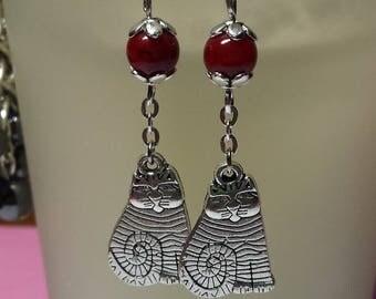 Cat red bead earrings