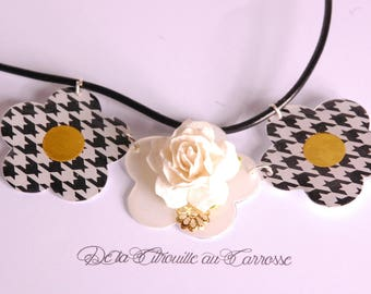 Houndstooth pattern flowers and white flower bib necklace