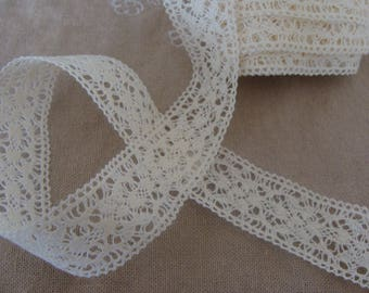 ecru cotton 2.3 cm width 1 meter of lace borders