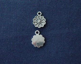 2 silver metal flower charms