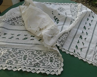 Old linen vintage table runner with lace and embroidery, large antique doily, French antique doily, large naperon vintage lace
