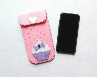 Mobile felt pouch with cupcake pink cell phone holder in felt whit Pink cupcake