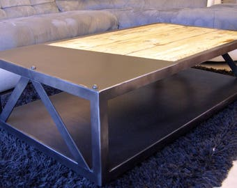 Coffee table with industrial design metal & wood