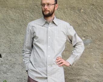 grey/beige collared shirt