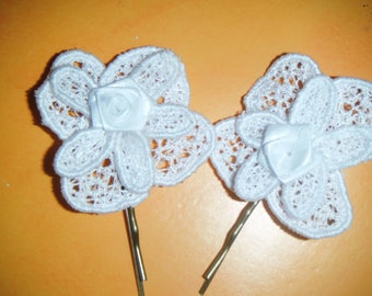 Set of 2 hair clips made in lace