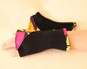 Boiled wool mitten and wax - turmeric fabric