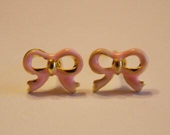 Pair of stud earrings modern enamelware gold light pink bow
