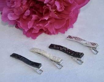 small glitter beige alligator hair clip