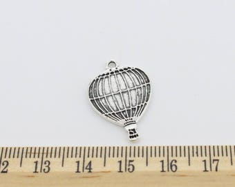 10 Hot Air Balloon Charms