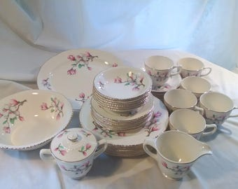 "Homer Laughlin Vintage China ""Dogwood Liberty"" service 6"