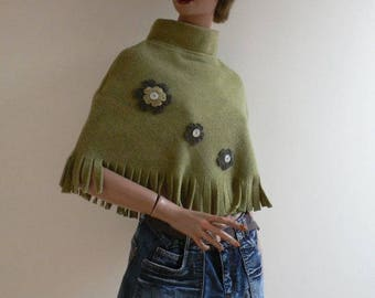 Poncho size material child fleece green color