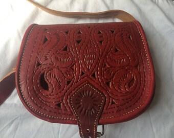 Hobo satchel shoulder 100% leather Burgundy red color with patterns