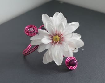 Pink Wire Bracelet with artificial flower