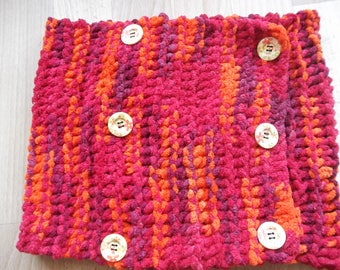 scarf very soft pink, purple and orange buttons wooden