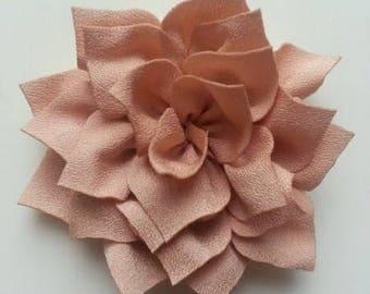 fleur en tissu beige  70mm