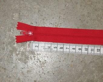 1 zipper type red non Z51 separable 25 cm