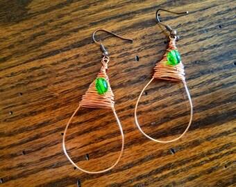 Wire Wrapped Beaded Earrings, Copper Drop Earrings, Dangle Earrings, Green Beaded Earrings, Handmade Earrings, Green Earrings, Boho Style
