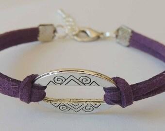 Bracelet suede suede purple connector oval shape