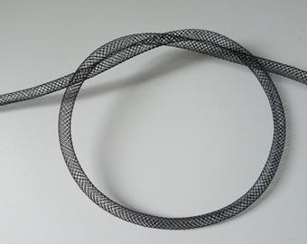 1 m of black FishNet tube 4 mm