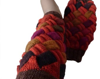 Interlaced with solid and multicolor wool leggings