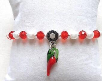 Bracelet elastic white, red and 1 pepper