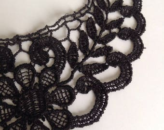 Black lace collar