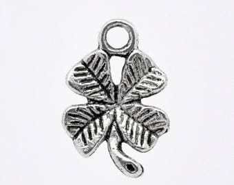 Charm or pendant 15 x 11 mm silver color four leaf clover