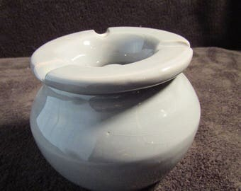 Gray clay, French ashtray