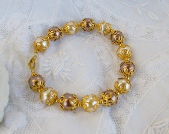 Bracelet Brown and ecru Pearl glass bead and gold metal