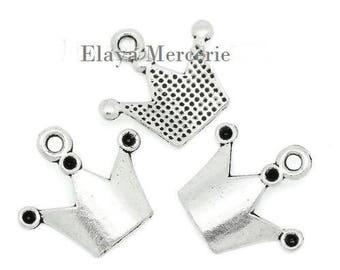 x 2 charms silver metal Crown.
