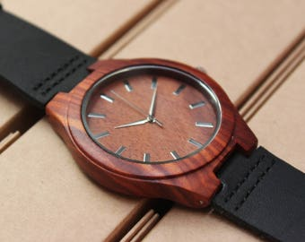 Wooden personalized watch O_030 FREE ENGRAVING