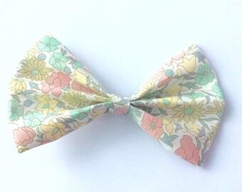 Hair bow pastel Poppy and daisy liberty fabric
