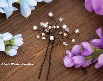 White Glass Pearl with Black wire hair pin