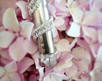 Quartz stuffed bullet shell pendant