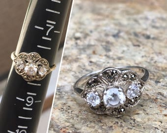 Vintage three stone ring