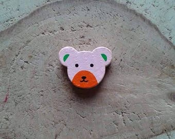 Wood bear head bead