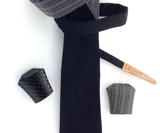Original Leonodo...la or, tie with something for everybody _ we wear the tie differently!