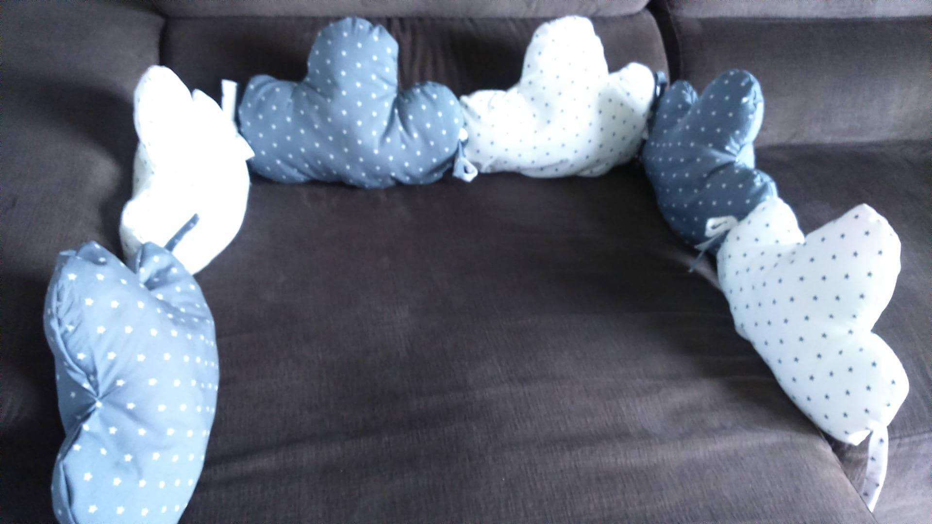 Disponible tour de lit 6 coussins forme nuage imprim gris - Coussin en forme de nuage ...