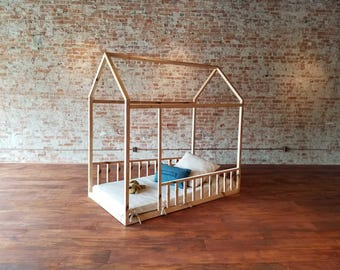Montessori Furniture Montessori Room Farmhouse Floor Bed