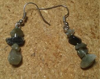 Chip bead earrings
