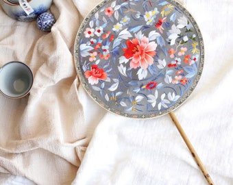 Chinese doubled-sided embroidery fan