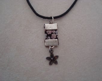 Liberty necklace with flower