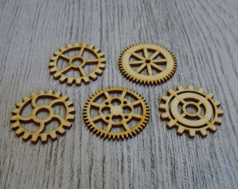 Set of 5 pieces 1379 gear embellishment wooden creations